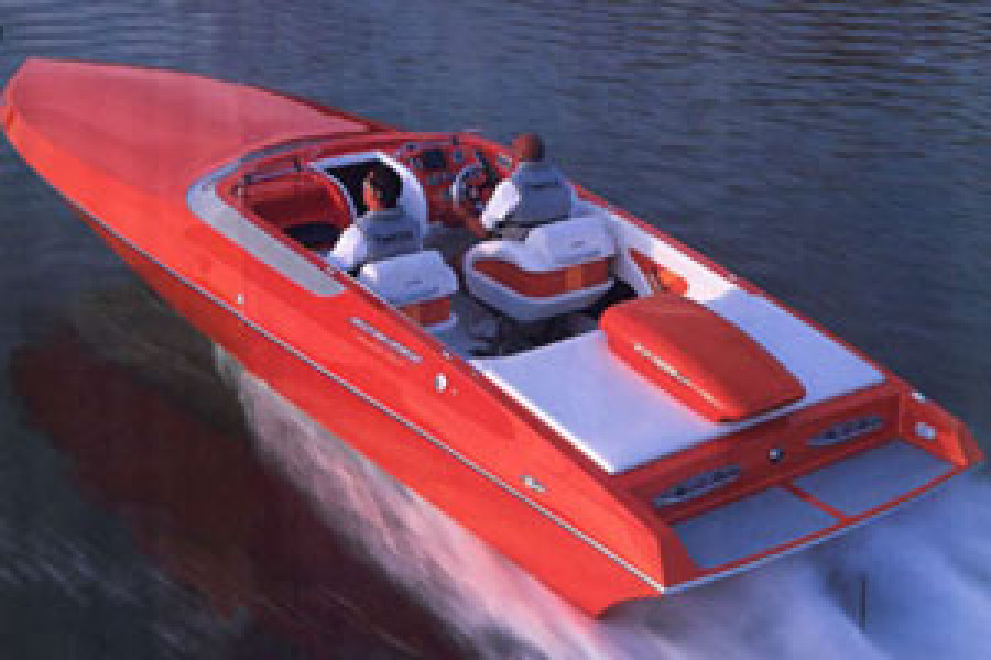 Howard 28 Bullet runs 130 MPH becoming the fastest single engine V-bottom ever tested by Powerboat and Hot Boat Magazines.